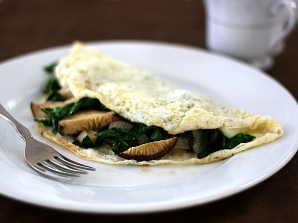 egg-white-omelet-kale-shiitake-mushrooms